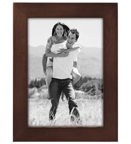 Malden Linear Wood 5-by-7-Inch Picture Frame, Walnut