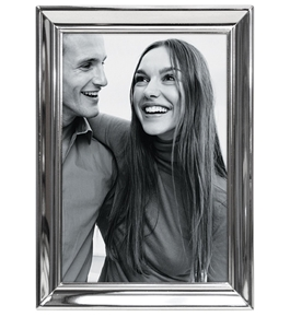 "Malden International Designs Concourse Silver Metal 4 x 6"" Picture Frame"